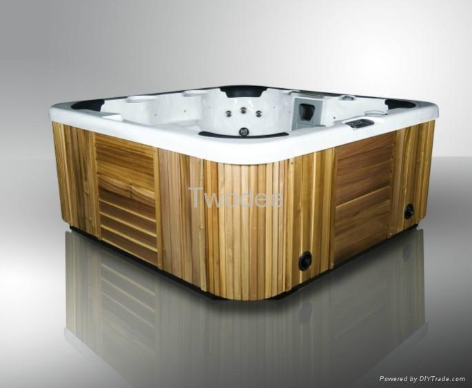 Spa tub 4