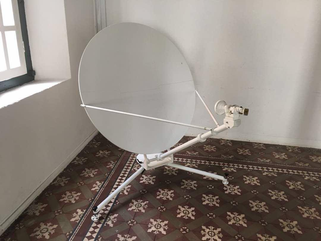 1.2 meters manual offset portable vsat antenna 1