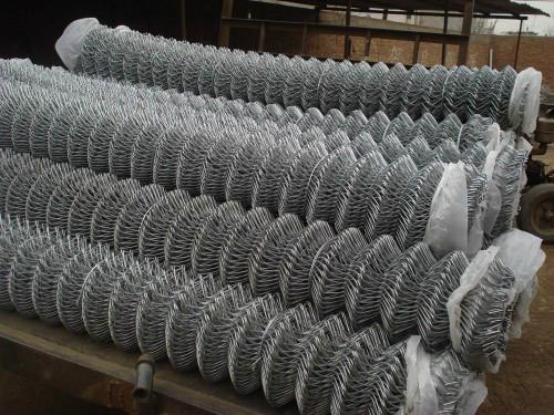 Anping Hot Sale Ga  anized Wire Mesh Chain Link Fence 5