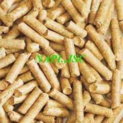 GREEN Energy  Wood Pellet D 8mm from Vietnam