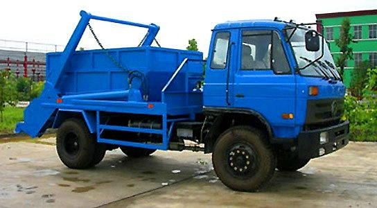 4x2 Donfeng Swinging Arm Garbage Truck 2