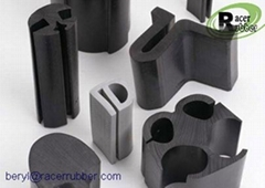 Dense and Solid Rubber Extrusion from China
