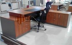 2017年新款班台辦公桌廠家直銷綠色環保