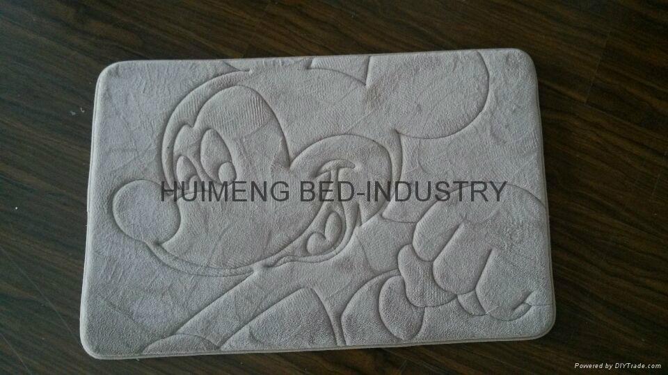 Embroidery Threaded Coral Fleece Memory Foam Bath Mat 3