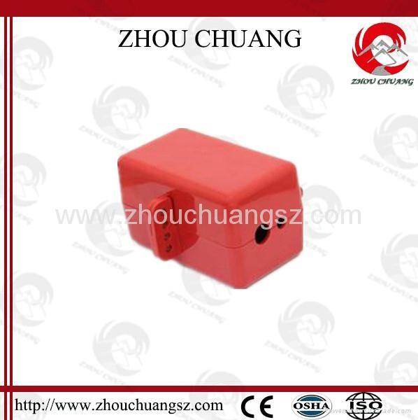 ZC-D31 堅固耐用聚苯乙烯材質 電氣插頭鎖 安全鎖具專家 1