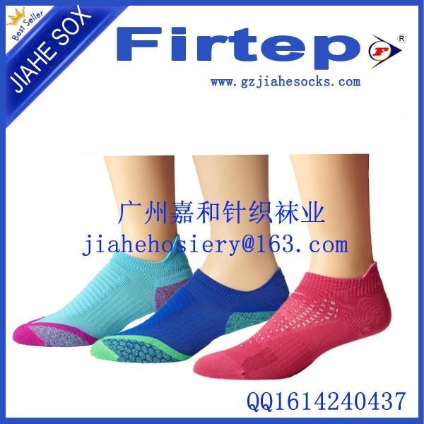 中國針織襪業製造商定製純棉運動襪 4