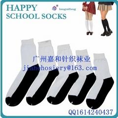 中國襪廠定製學校襪子出口到非洲市場