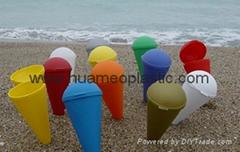 plastic colorful beach ashtary