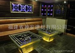 【福建玻璃廠】可定做各種尺寸KTV桌面鋼化玻璃(歡迎來訂購)