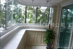 【福建玻璃厂】供应各种 房地产工地建筑工程钢化玻璃