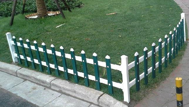 pvc白色環保型草坪花壇園藝護欄 1