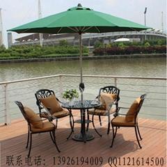 廣東鑄鋁桌椅