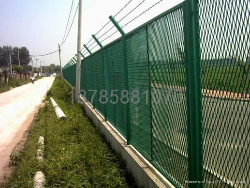 钢板网护栏网 2