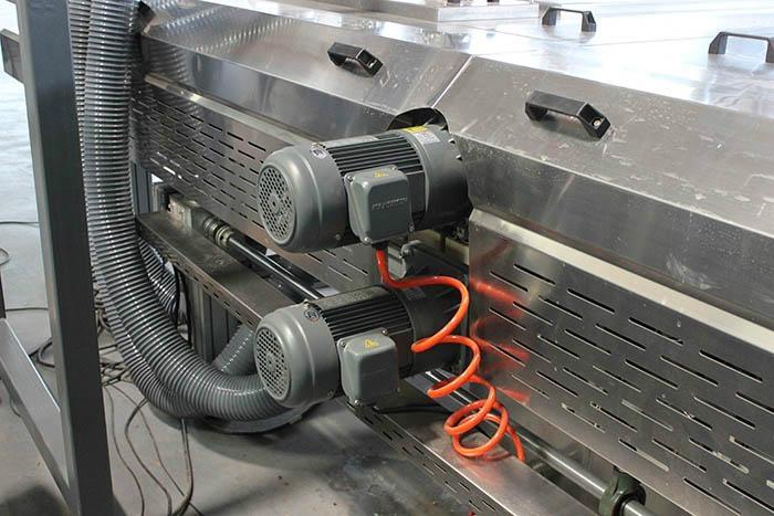 Photovoltaic Curtain Wall BIPV Glass Washing And Drying Machine 3
