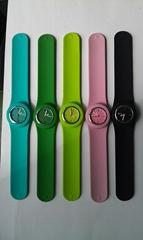 promotional stylish children digital silicone slap watch