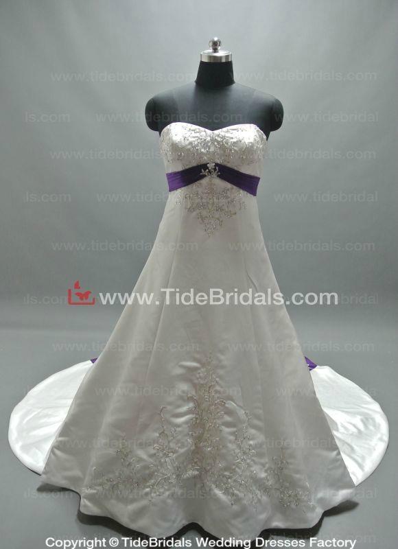 Popular Satin Bridal Gown Embroidery Plus Size Wedding Dress (ZJH301) 1