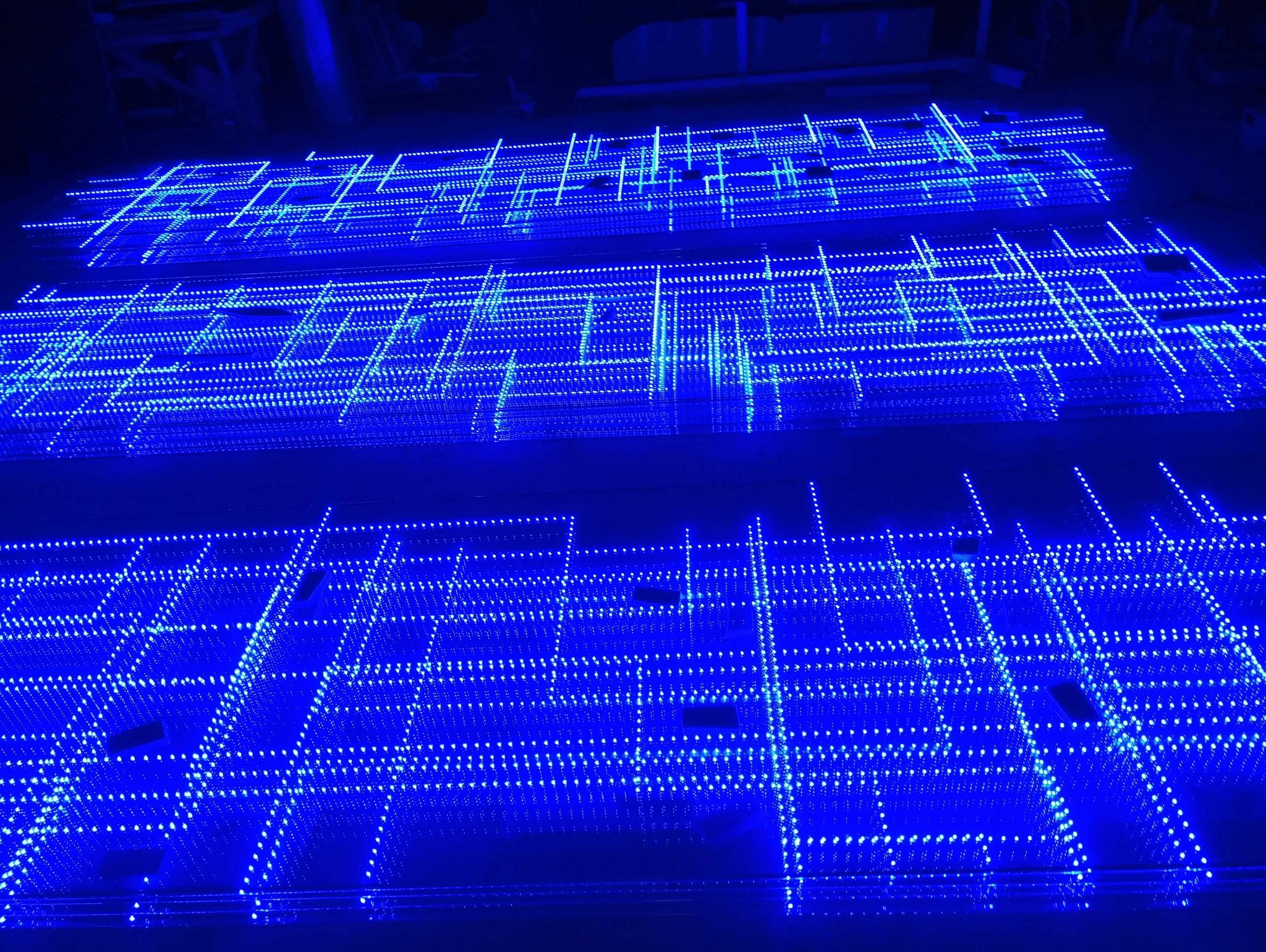 發光玻璃顯示屏 3