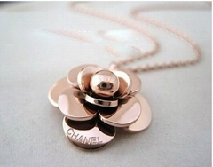 Fashion steel jewelry -Channel rose golden flower pendant necklace