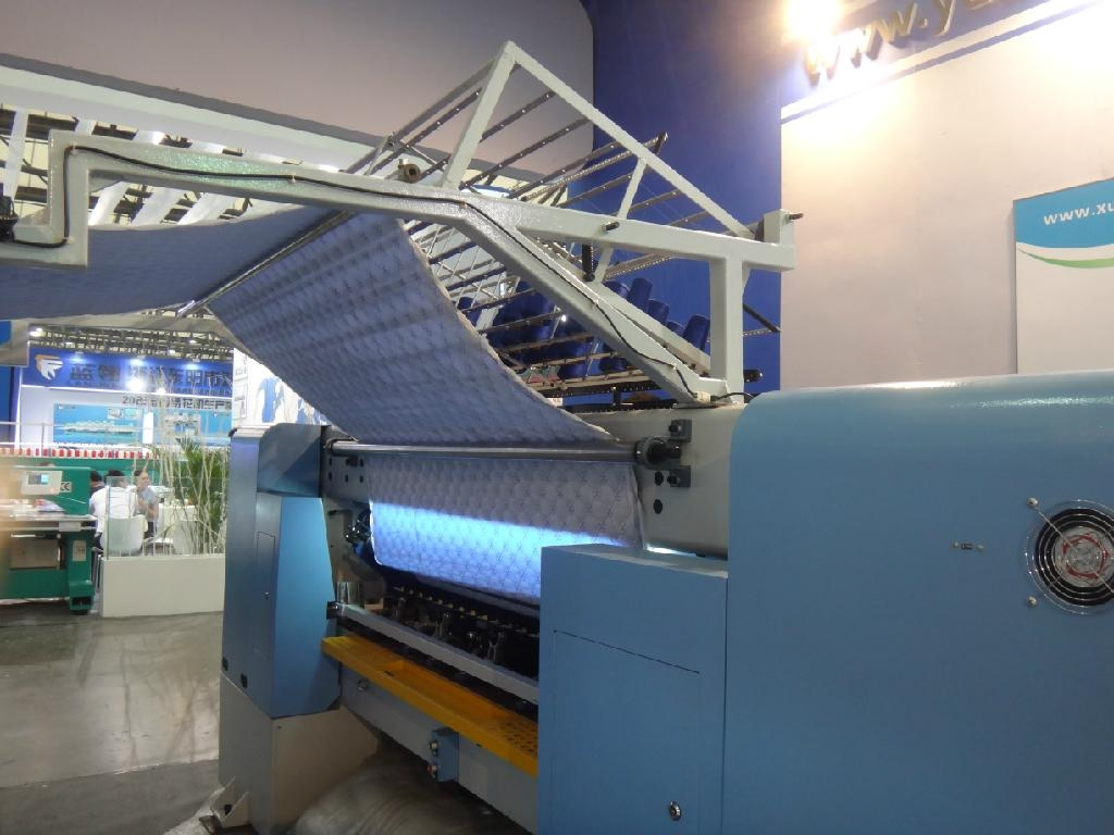 Computer shuttle multi-needle garment Quilting machine 1