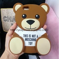 Moschino Ready To Bear Silicone Case Teddy Bear