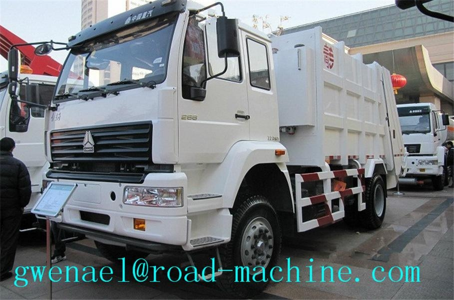 Garbage Compactor Truck  recycling 4x2 With 20 Mpa Hydraulic System 1