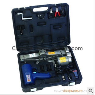 12 DV Impact Wrench and Electric Car Jack Set 1