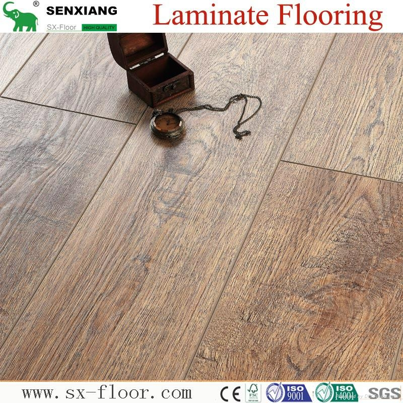 German Technology 12mm High Quality Embossed V-groove Laminate Flooring 3