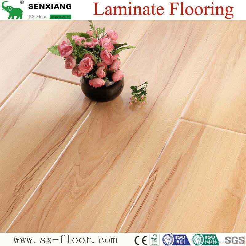 12mm Radiant Brilliance Mirror Wood Surface U-groove Laminated Flooring 4