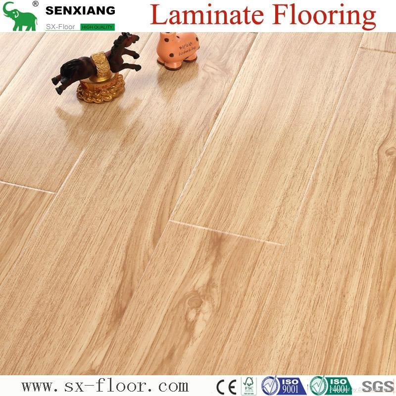 Superior Quality Glossy  smooth Laminate Flooring 1