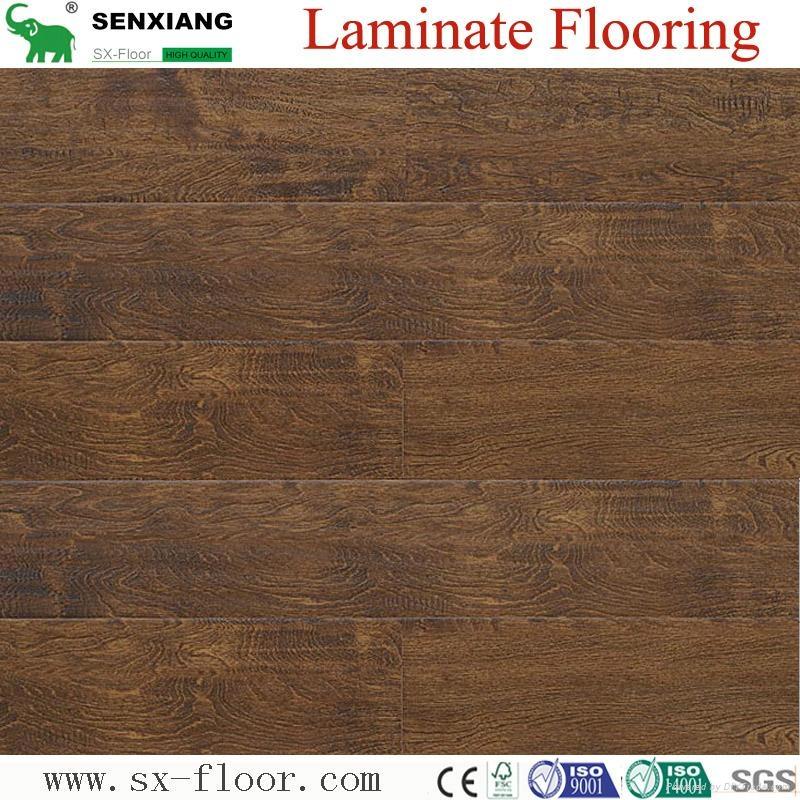 8mm Wenge Pattern Crystal Surface Laminated Wooden Laminate Flooring 3