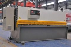 不鏽鋼鋼板剪板機