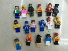 capsules toy-blocks buildable  figure