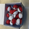 5 cm Pokemon ball in color box 1