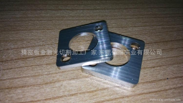 不鏽鋼拉絲板材激光切割工件 5