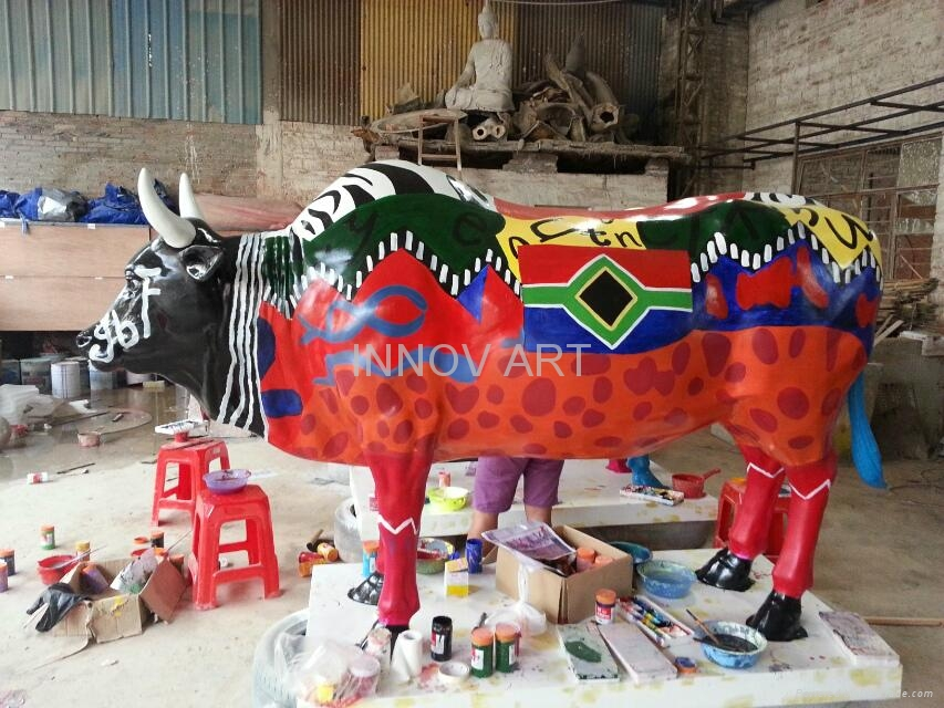 customized artistic painted resin cast art sculptures 1
