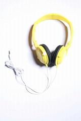 Five color computer headphones