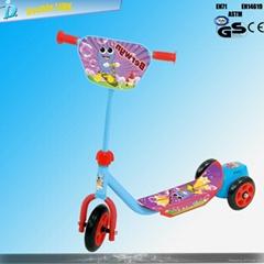 kids mini three wheels scooter with bubble machine