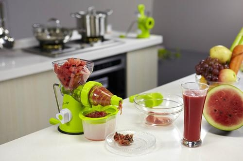 Manual Fruit Juicer  2