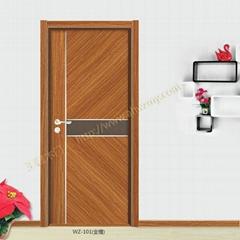 小浮雕木门