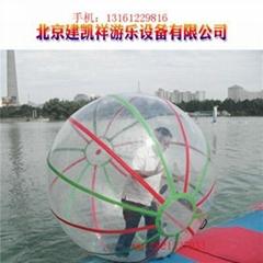 水上步行球 水上跑步機