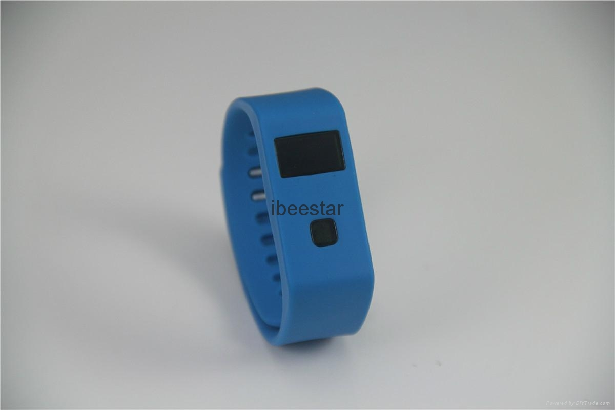 waterproof wireless bluetooth wristband with mobile APP  6