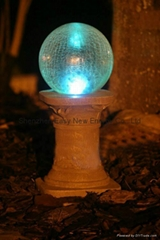 Solar crack ball lamp