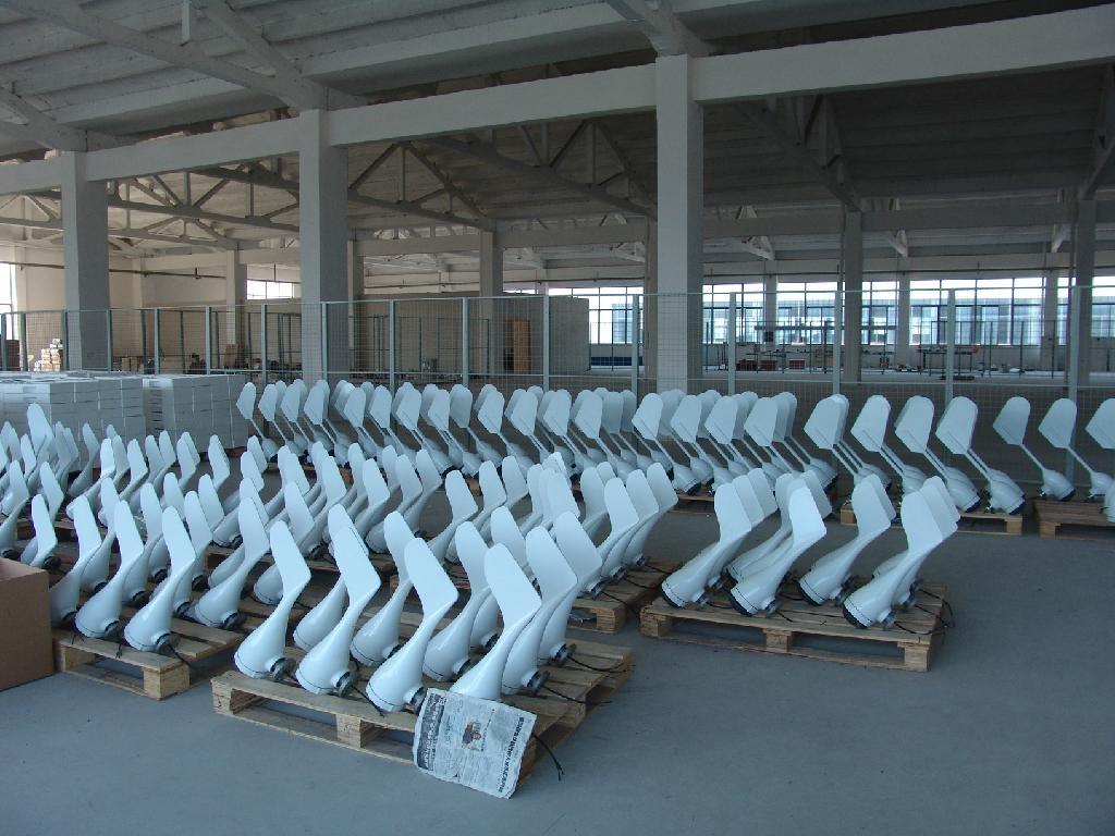 China Manufacturer of Wind Generator-3kw (Wind Turbine Generator 90W-300KW) 5