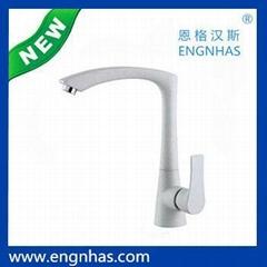 EG-089-9105B Engnhas kaiping single handle modern brass flexible kitchen faucet