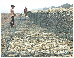 镀锌堤坝石笼网 3