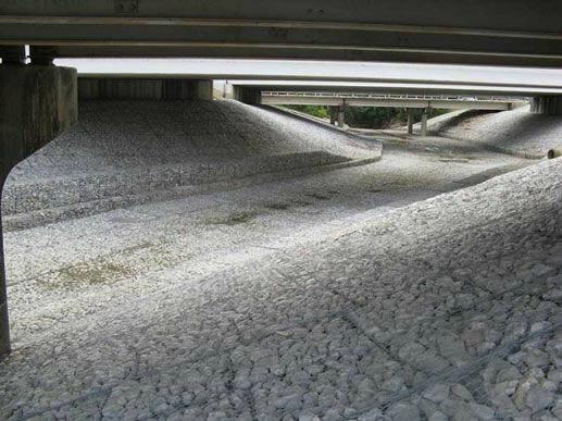 镀锌堤坝石笼网 4