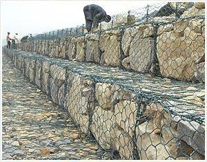 镀锌堤坝石笼网 5