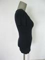 高弹牛奶丝紧身短袖U形低领女式打底衫 尽显美丽动人曲线 3