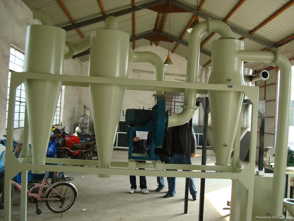 PVC塑料磨粉机 1