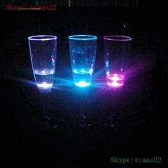 2014 fashion led flashing champagne cup with light
